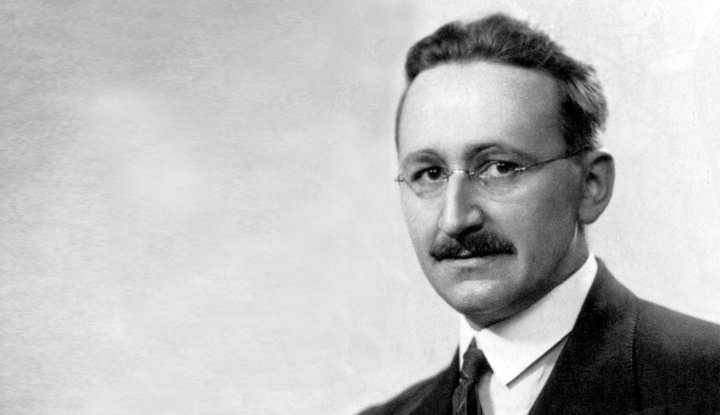 Co ma nam do przekazania Friedrich August von Hayek